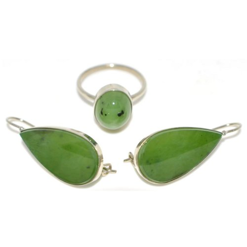 Nephrite ring and earrings
