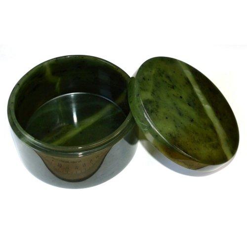 Nephrite jewelry box