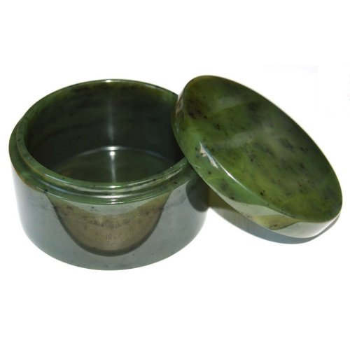 Nephrite jewelry box