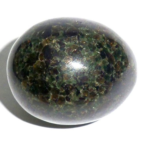 Pyroxenite egg