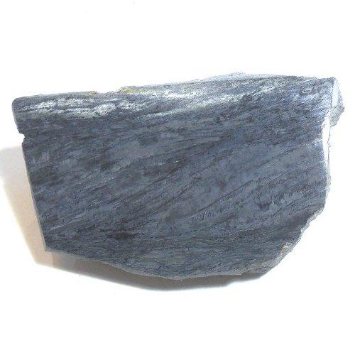 Rhodusite specimen