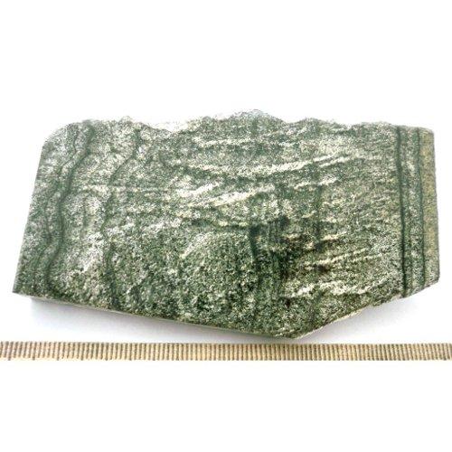 Datolite-hedenbergite skarn specimen