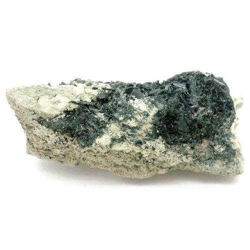 Actinolite crystals