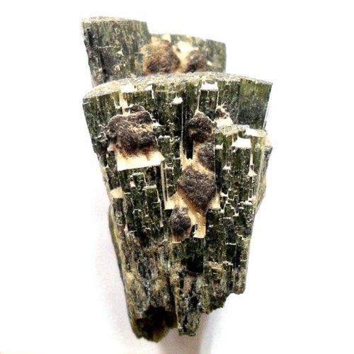 Hedenbergite specimen